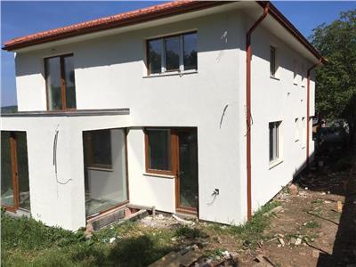 Vanzare casa individuala 5 camere 240 mp utili Gruia, Cluj-Napoca