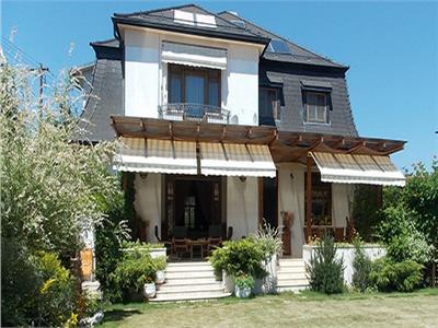 Vanzare vila de lux locatie premium in A.Muresanu, Cluj-Napoca