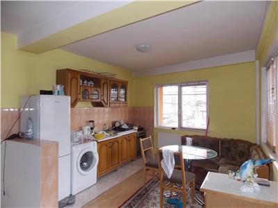 Inchiriere Apartament 3 camere modern in vila inMarasti, Cluj-Napoca