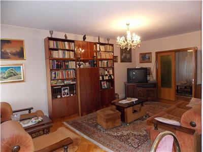 Inchiriere apartament 4 camere in Andrei Muresanu- Aleea Muscel
