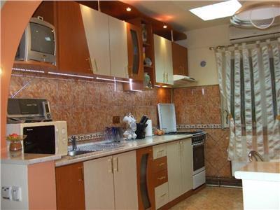 Vanzare Apartament 3 camere Zorilor-Profi, Cluj-Napoca