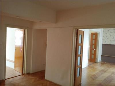 Vanzare Apartament 4 camere confort sporit Zorilor - Observatorului