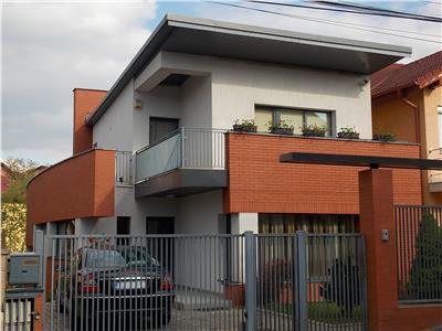 Casa individuala de vanzare zona A.Muresanu, Cluj-Napoca