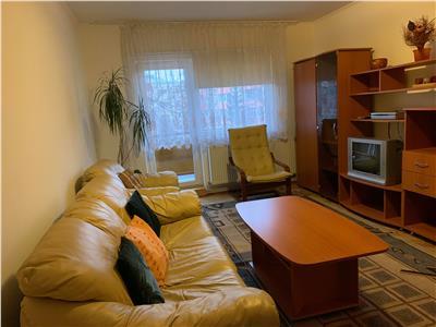 Inchiriere apartament 3 camere decomandat in Gheorgheni- Interservisan
