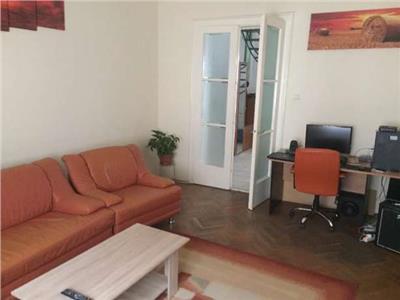 Vanzare casa 120 mp utili 5 camere Centru , Cluj-Napoca