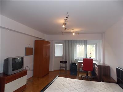 Inchiriere Apartament 4 camere modern in Centru, Cluj-Napoca