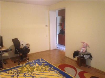 Vanzare Apartament o camera in Plopilor Lukoil, Cluj-Napoca