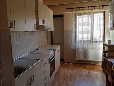 Inchiriere apartament 4 camere in Marasti- zona FSEGA, Cluj-Napoca