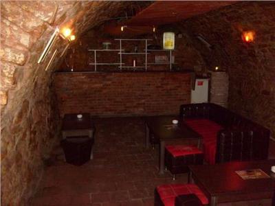 Inchiriere Spatiu comercial 62 mp ideal bar \ pub in Centru