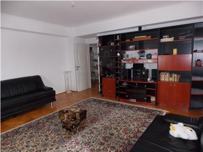 Inchiriere apartament 4 camere decomandate in Zorilor- zona Spitalul de Recuperare