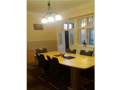 Inchiriere Apartament sau sediu firma 4 camere in Centru, Cluj-Napoca