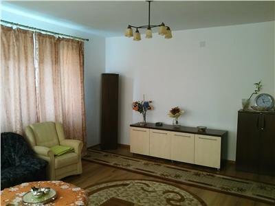 Inchiriere Apartament 4 camere modern in Andrei Muresanu