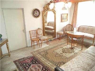 Vanzare Apartament 3 camere in Grigorescu, Coloane