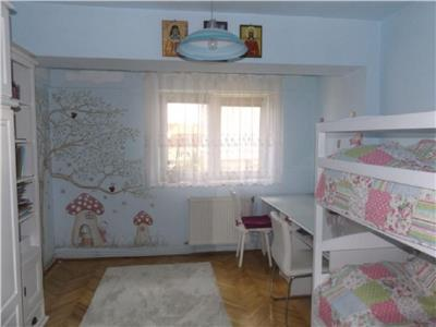 Vanzare Apartament 4 camere in Gruia, Stadion CFR