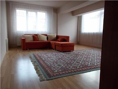 Inchiriere Apartament 3 camere in Andrei Muresanu, Cluj-Napoca