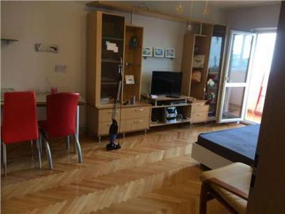 Inchiriere apartament 3 camere decomandate in Zorilor- zona Pasteur, Cluj-Napoca