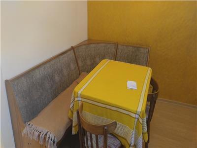 Vanzare Apartament 2 camere in Centru, P-ta M. Viteazu