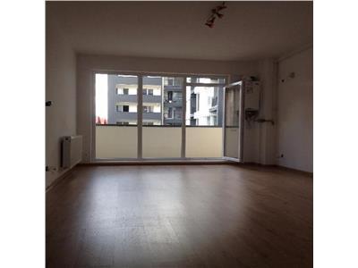 Apartament 2 camere in Centru, sediu birou, parcare, strada Traian