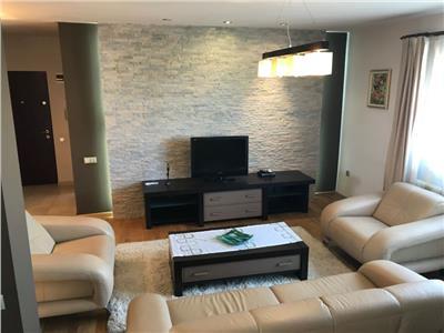 Inchiriere Apartament 3 camere de LUX in Centru-Pta. Cipariu