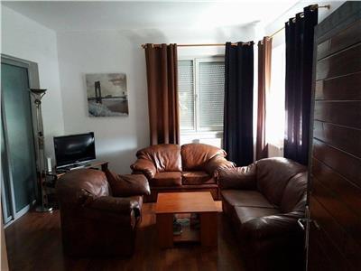 Inchiriere Apartament 3 camere modern in Centru, Cluj-Napoca