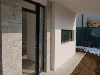 Vanzare parte duplex arhitectura moderna partial finisat zona Borhanci