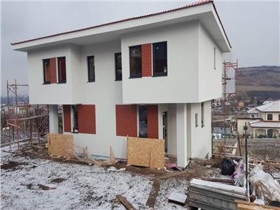 Vanzare parte duplex 4 camere semifinisat 117 mp utili Borhanci