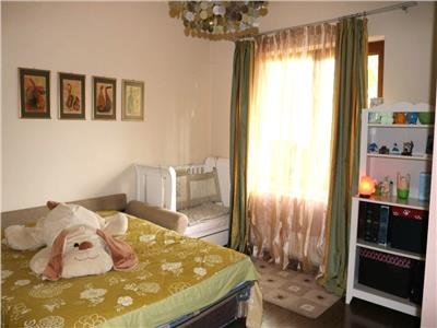 Apartament 3 camere confort sporit cu parcare si gradina, G. Botanica