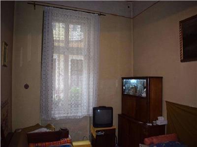 Vanzare Apartament 3 camere in Centru, P-ta M. Viteazu