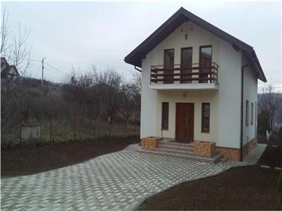 Inchiriere casa individuala 4 camere! Europa