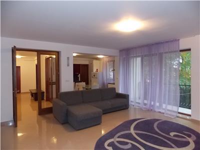 Vanzare apartament 4 camere de LUX in Andrei Muresanu- Trifoiului