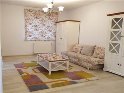 Inchiriere apartament 2 camere decomandate in bloc nou zona Piata Marasti