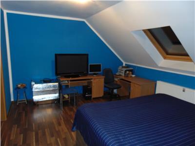 Inchiriere apartament 4 camere decomandate bloc nou zona Manastur- E. Quinet