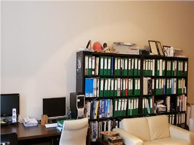 Vanzare Apartament 2 camere in Centru, locuinta sau birou