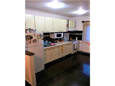 Vanzare apartament 3 camere decomandat zona Marasti Central, Cluj-Napoca