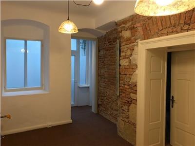 Vanzare Apartament 3 camere finisat in Centru, Casa M. Corvin