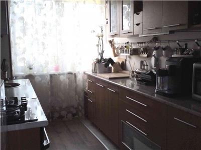 Vanzare Apartament 4 camere in Plopilor zona Polivalenta, Cluj-Napoca