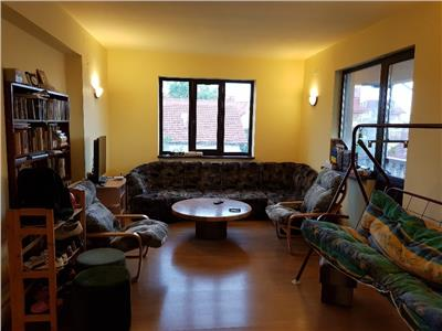Inchiriere Apartament 4 camere in vila zona Zorilor, Cluj-Napoca