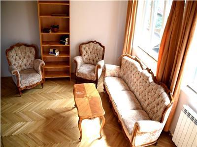 Inchiriere Apartament 4 camere cu gradina in Andrei Muresanu