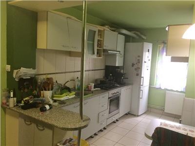 Vanzare Apartament 3 camere cu garaj sub bloc Zorilor - Sigma