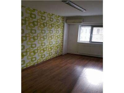 Inchiriere sediu de firma 3 camere in Centru, Cluj-Napoca