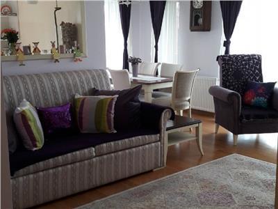 Apartament 4 camere de lux in A.Muresanu, terasa 20 mp, Pasapoarte
