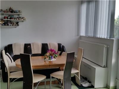 Apartament 3 camere in D.Rotund, strada Maramuresului