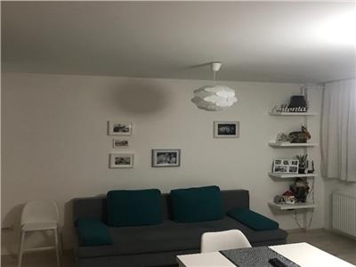 Vanzare Apartament 3 camere cu terasa de 55 mp, zona Capat Brancusi