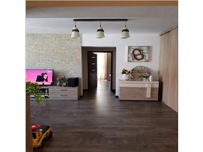 Apartament 3 camere in A.Muresanu-Centru,  parcare, Cluj-Napoca