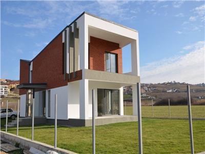 Vanzare casa individuala 160 mp, constructie noua, zona Borhanci
