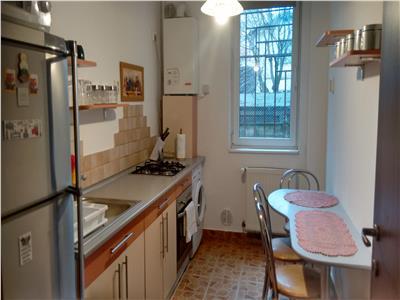 Inchiriere Apartament 2 dormitoare in bloc nou in Centru
