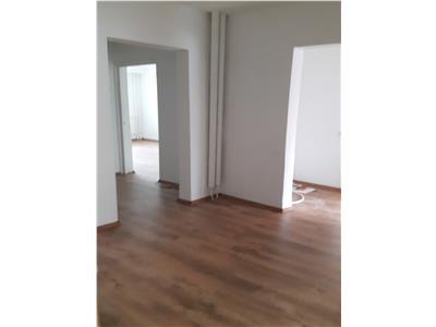 Inchiriere Apartament 4 camere ideal birou-spatiu comercial Manastur