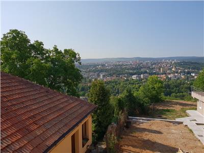 Apartament 2 camere decomandat in Gruia, Belvedere, panorama deosebita