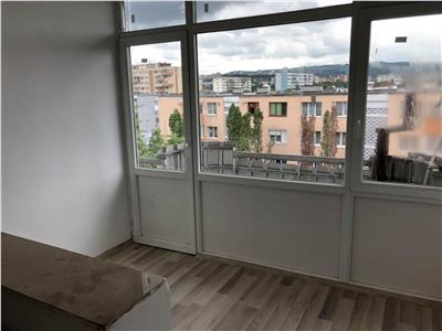 Inchiriere Apartament sau birou 4 camere decomandate in Grigorescu