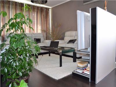 Vanzare Apartament 3 camere zona A.Muresanu, Cluj-Napoca